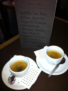 Pluesch Cafe Bar